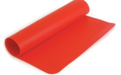 What is the difference between silicone and natural rubber